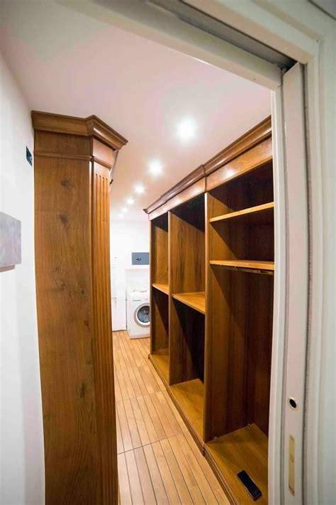 armadio in noce cabina armadio in noce cabina armadio su misura legnoeoltre