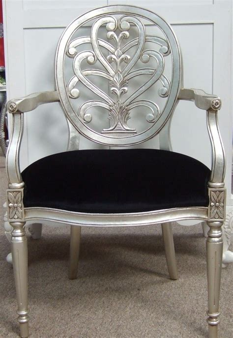 Silver Leaf Furniture by 25 Best Ideas About Silver Furniture On