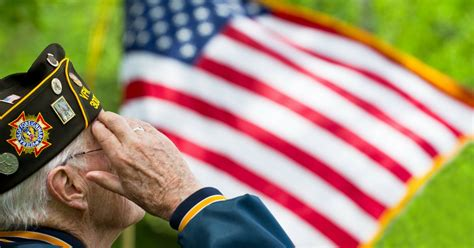 veterans in consulting a guide to help veterans evaluate and pursue a career in management consulting books free veterans guide to senior care
