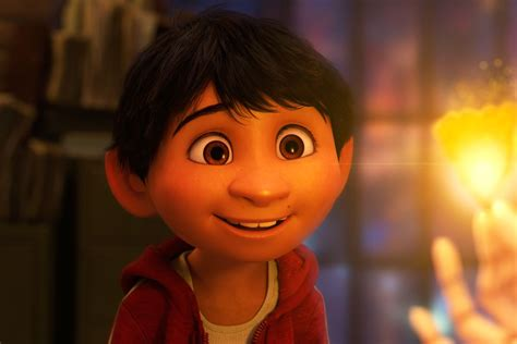 coco web film golden globes 2018 coco wins best animated motion picture