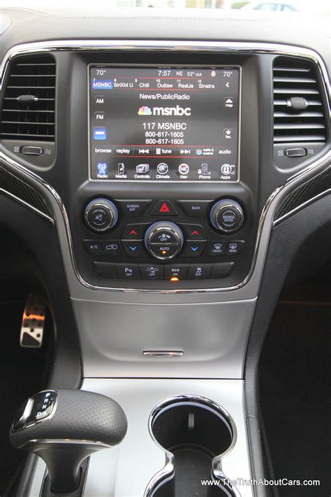 jeep grand cherokee interior   truth  cars