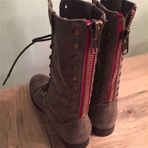 Combat Boots With Plaid Interior 75 Off Steve Madden Shoes Steve Madden Zip Up Boots