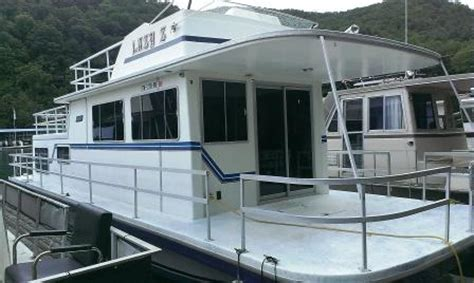 gibson houseboat floor plans 1985 42ft gibson houseboat with a 260 volvo