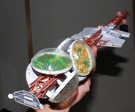 Space Papercraft - silent running valley forge spaceship free papercraft