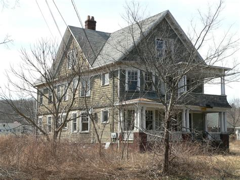abandoned connecticut abandoned house woodbridge ct by tokobauzsos on deviantart