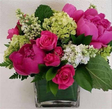 Flowpy Florist Simple 6 Roses Bouquet Multi Colour fleur friday flirty fleurs the florist