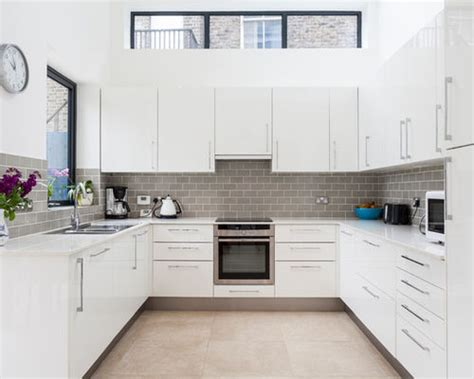 U Shaped Kitchen Cabinets U Shaped Modern Kitchen Photos Houzz