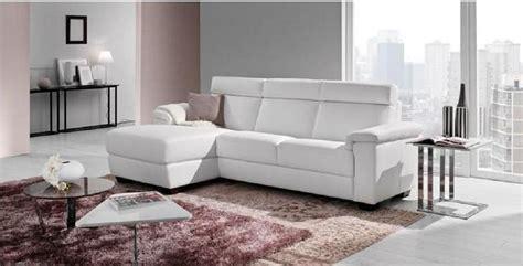 divano in pelle prezzi divani in pelle poltronesof prezzi