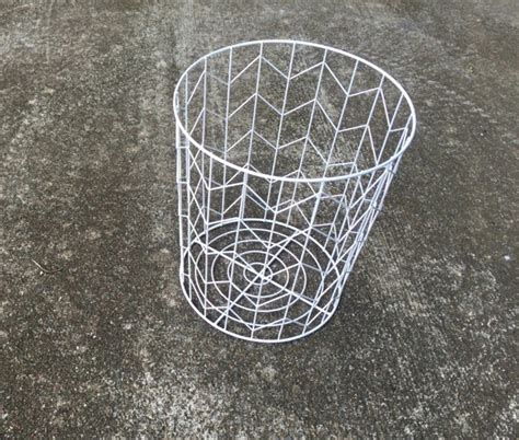 wire basket side table side table from a wire basket a 20 minute diy idea