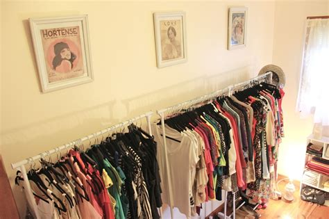 How To Make Room In A Small Closet by Turning A Spare Room Into A Walk In Closet Dina S Days