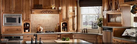 Maple Glaze Cabinets Kitchen Stain With Glaze Finishes Kraftmaid Cabinetry