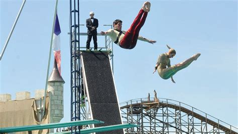 dive shows europa park stellt neue high dive show acrosplash 2014