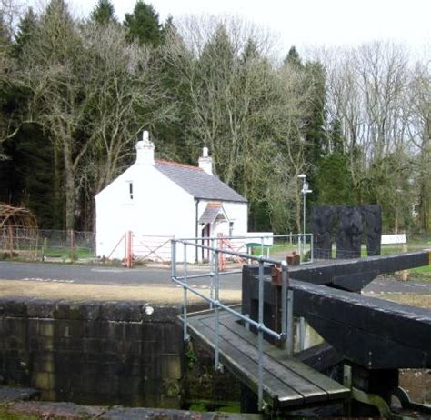 photo1 jpg picture of the lock keeper s inn belfast
