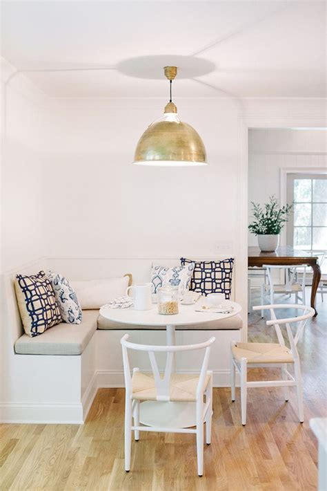 corner banquette dining 17 best images about banquettes breakfast nooks on
