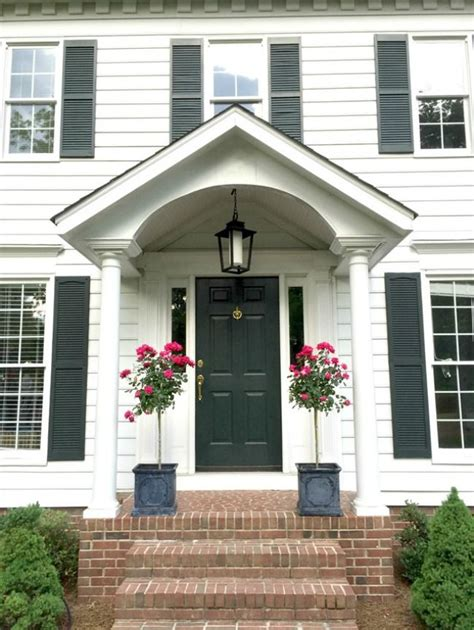 front porches on colonial homes emily clark s colonial front porch styling beautiful