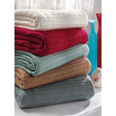 Nice Christmas Throws And Blankets #1: Brielle-Cozy-Cable-Knit-Acrylic-Throw.jpg