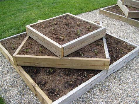 raised strawberry bed 247 best images about garden on pinterest window boxes
