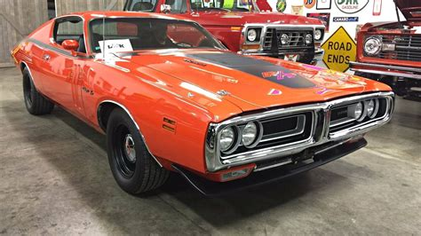 Dodge Charger 440 restovivor 1971 dodge charger r t