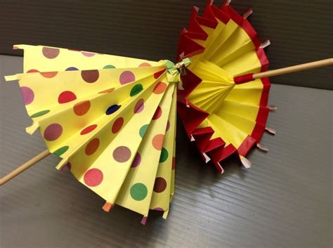 How To Make An Origami Umbrella - 25 best ideas about paper umbrellas on school