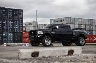 Diesel Truck Dually Wheels Ram 3500 Dually On American Wheels She S Got Girth