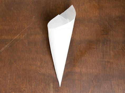 Make A Paper Cone - with chocolate how to make a cornet paper cone for