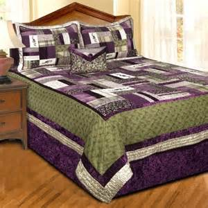 Lilac And Purple Bedroom - 17 best images about bedsp on pinterest quilt sets green and spreads