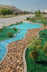 Glass Rock Landscape Landscape Photos And Information Landscaping Features