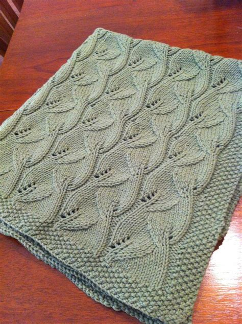 free pattern knitting pinterest ravelry lamagliaia s claire s leafy blanket knitting is