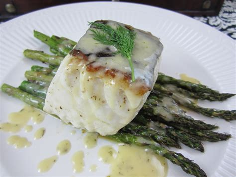 lemon beurre blanc recipe seared halibut with lemon dill beurre blanc lisa s
