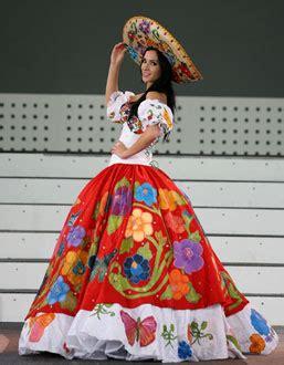 imagenes de vestidos de novia regionales pin de gabriela h en vestidos pinterest mexicanos