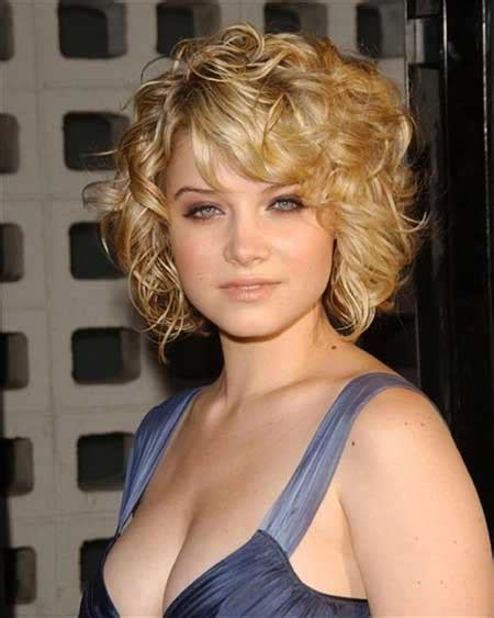 20 Short Curly Hairstyles Ideas   Short Hairstyles 2016