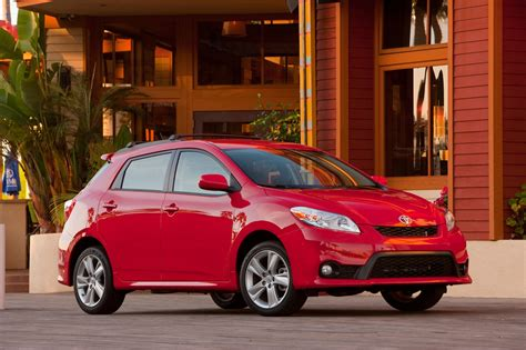 toyota matrix 2013 toyota matrix reviews and rating motor trend