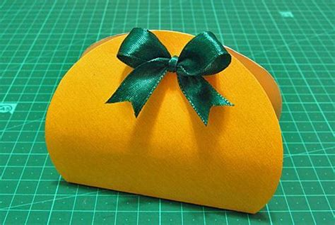 recycling paper craft ideas creating  small handmade gift
