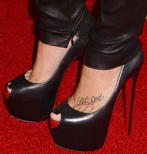 demi lovato let her go foot and leg tattoos 19 celebs with tattooed feet and ankles