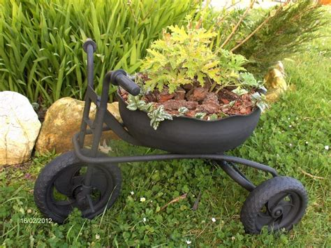 Tricycle Planter by 14 Sensational Tricycle Planter Ideas Garden Club