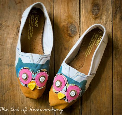 Handmade Shoes Tutorial - summer shoes that you can make fairfield world