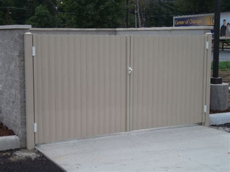 commercial industrial aluminum fencing mikes fencing