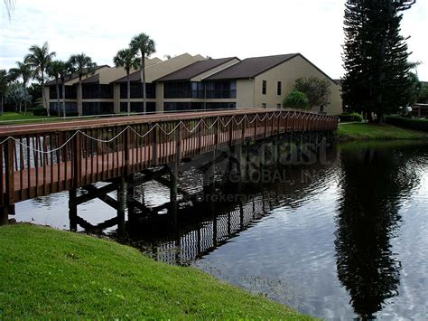 boat club fort myers florida condos at admiralty yacht club real estate north fort