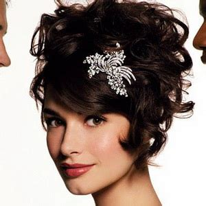 Wedding Hairstyles For Extremely Curly Hair by Wedding Hair Help Weddingbee