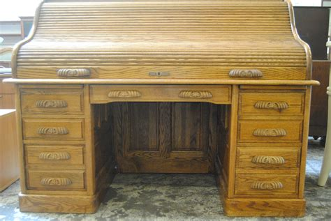 Route 66 Furniture 187 Oak Crest Roll Top Desk