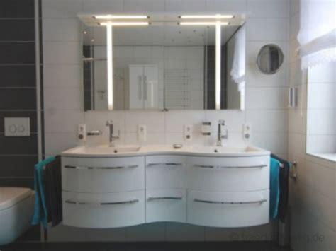 Badezimmer Steckdosen by Steckdosen Badezimmer Waschbecken Ravenale Net