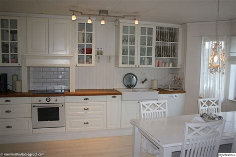 lidingo kitchen cabinets is ikea lidingo white door the same as bodbyn white door
