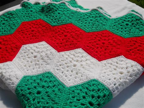 free crochet pattern for xmas tree skirt crocheted christmas tree skirts how to crochet