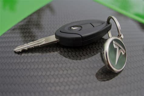 Tesla Car Key Road Test 2011 Tesla Roadster Sport Quot It S Electric