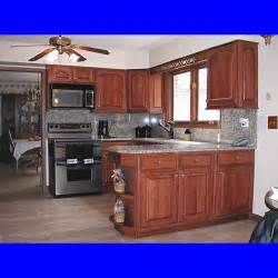 Layout Of Kitchen Cabinets by Small Kitchen Design Layouts Easy To Follow Small