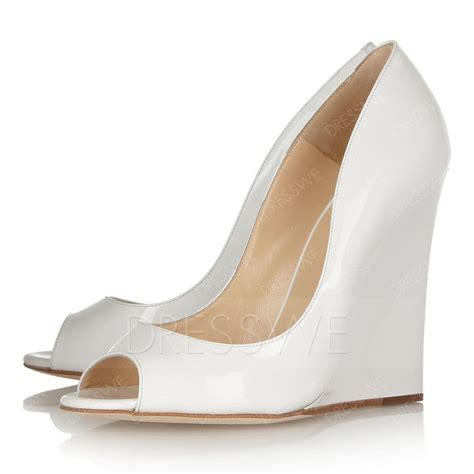 white wedge heel shoes 10674631 wedge sandals