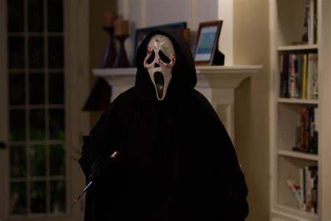 ghostface film scream 4 2011 review yell magazine