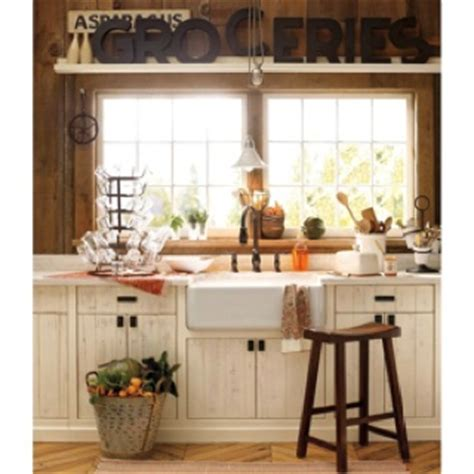 cream distressed kitchen cabinets kitchen cabinets cream amd distressed kitchen pinterest