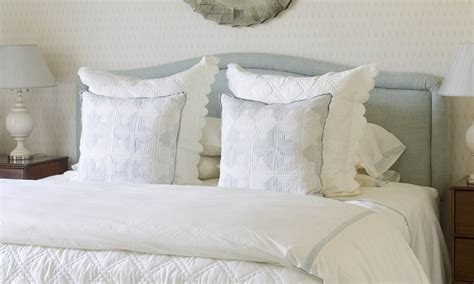 bed made of pillows 205 best images about interior designer phoebe howard on