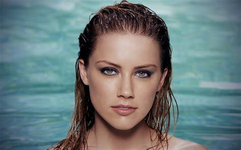 heard of all top hollywood celebrities amber heard wallpapers